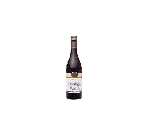 Oyster Bay Pinot Noir Wine 75cl - Case of 6